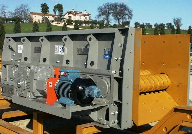 Crifi New Applications For The Wobbler Feeder Gr Recycling Industry