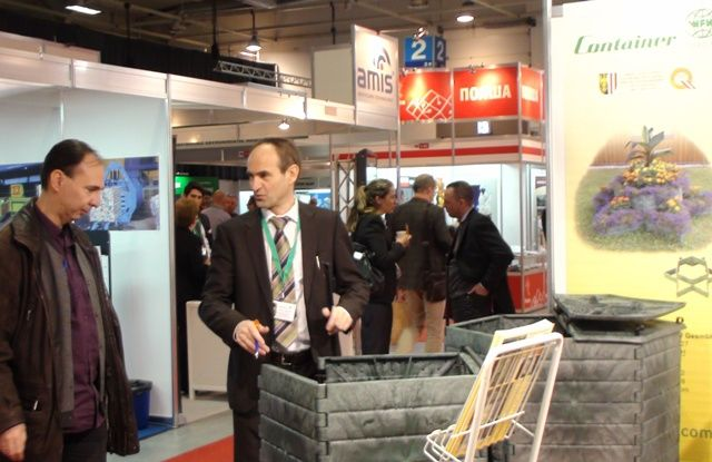 environment of the events and exhibitions industry The economic impact of exhibitions providing a highly cost efficient environment in which very senior management an event or the events industry in a.