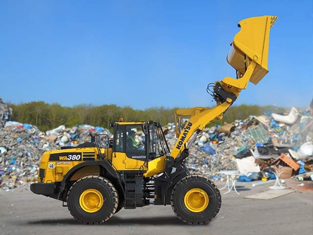 Komatsu Europe Presents WA380‐8 Wheel Loader in Waste & Recycling Configuration