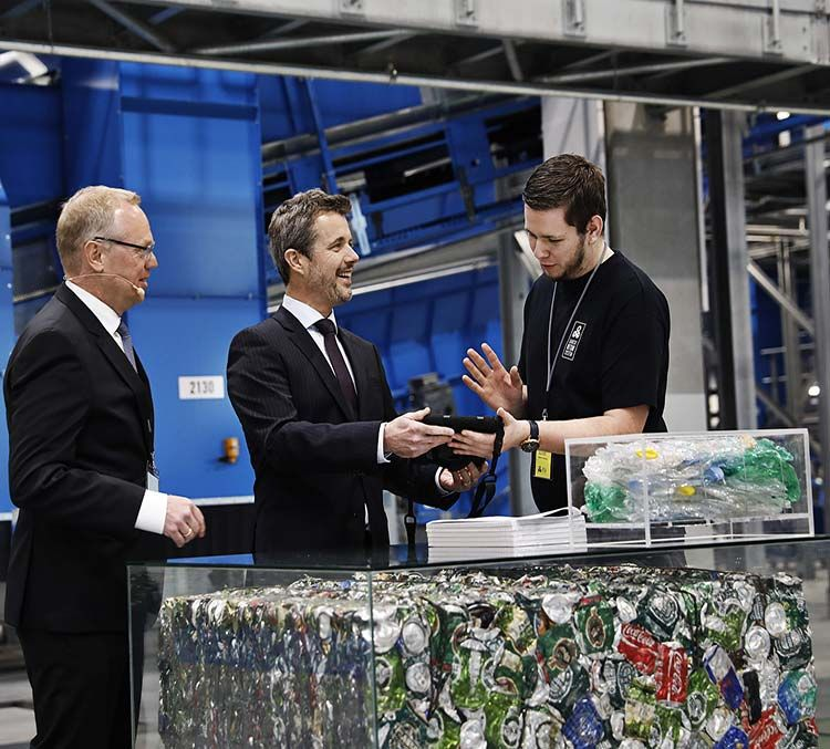 New STADLER automated plant for Dansk Retursystem  begins operation in Denmark's successful beverage packaging return system
