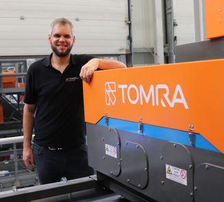 TOMRA Recycling empowers light intensity of FLYING BEAM ® for advanced sorting accuracy