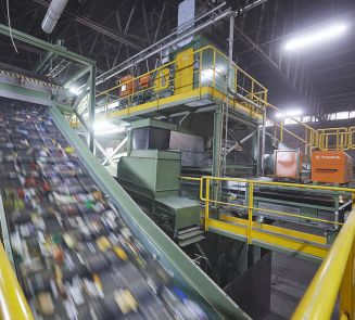 TOMRA and Borealis open state-of-the-art plant for post-consumer plastic waste sorting and advanced mechanical recycling